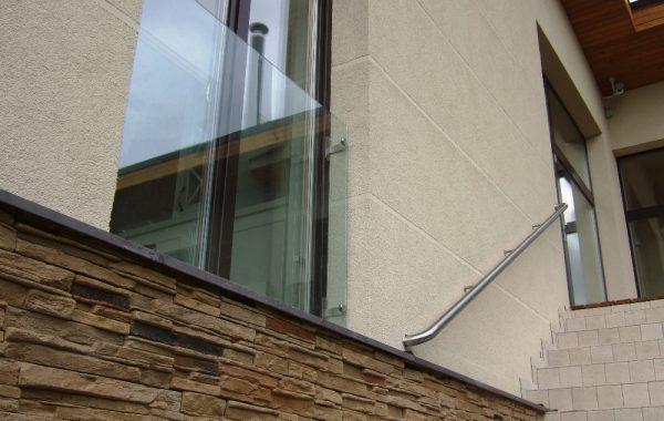 Balkonėliai su stiklu